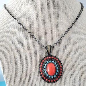 Jewelry - Vintage Stone Pendant  Necklace